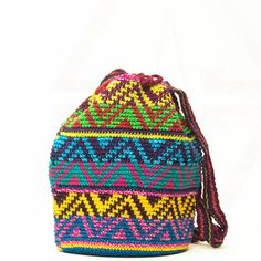 Handmade Oaxaca, pronounced [wuh-hah-kuh], Mochila Bags take approximately 14 or… Tapestry Bag, Tapestry Crochet, Tunisian Crochet, Knit Crochet, Crochet Bags, Mochila Crochet, Boho Bags, Crochet Stitches Patterns, Crochet Beanie