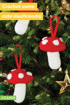 Crochet some Christmas cheer with the must-have mushrooms & add some cheery, woodland fun to your Christmas tree for the holidays! Crochet Christmas Gifts, Crochet Christmas Decorations, Christmas Tree Pattern, Holiday Crochet, Christmas Knitting, Crochet Gifts, Easy Crochet, Flower Decorations, Free Crochet