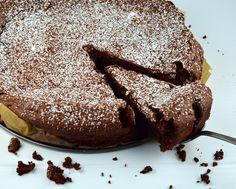 Flourless Chocolate Cake Recipe - Genius Kitchen