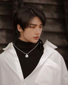 Beautiful Boys, Pretty Boys, Cute Boys, Fond Tie Dye, K Drama, Cute Korean Boys, Felix Stray Kids, Kids Wallpaper, Wallpaper Backgrounds
