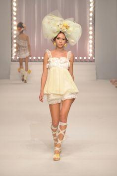Liz Lisa Tokyo - Spring Summer 2011 Ready-To-Wear - Shows - Vogue. 2000s Fashion, Fashion Week, Runway Fashion, Fashion Show, Fashion Outfits, Fashion Design, Weird Fashion, Cute Fashion, High Fashion