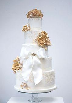 Golden embroidery wedding cake