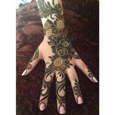 من أجمل نقوشآت الحناء The most beautiful henna designs Khafif Mehndi Design, Floral Henna Designs, Arabic Henna Designs, Stylish Mehndi Designs, Beautiful Henna Designs, Latest Mehndi Designs, Bridal Mehndi Designs, Mhndi Design, Mehndi Tattoo