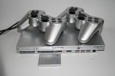 Sony PlayStation 2 Slimline Silver Console 2 Controlers 8GB Memory 4 Games FULL