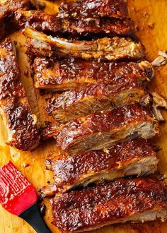 Slow Cooker Ribs are fall off the bone tender, and have amazing flavor with a tasty spice rub and barbecue sauce. These crock pot ribs are very easy to make Slow Cooker Ribs Recipe, Slow Cooker Barbecue Ribs, Slow Cooker Recipes, Cooking Recipes, Barbecue Sauce, Bbq Pork, Rib Recipes, Crock Pot Cooking, Healthy Crockpot Recipes