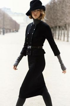 Great fitted and structured look by Christian Dior