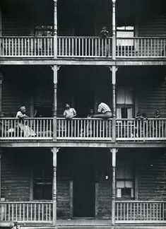 Gordon Parks ...reminds me of the apartment building that used to stand in the block behind my granparent's home