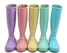 Rainbow Boots??  I'm in HEAVEN!  Pink, Lavender, Sky Blue and Pastel Hunter Wellies and Bright Rain Boots in Rainbow Shades for Spring SS17 Are So gorgeous are Perfect for Spring Style!  #rainboots #rain #rainyday #pink #pinkboots #wellies #pinkwellies #pinkhunters #hunterboots #hunter #fashion #style #fblog #fashionblog #f4f #article #vogue #trendy #trending #ss17 #springtime #adorable #cute #want #goals