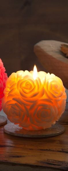 Volcanica's hand-carved candles, discovered by The Grommet, stay intact, thanks to an inward burning design. Crafted by traditional Balinese artisans.