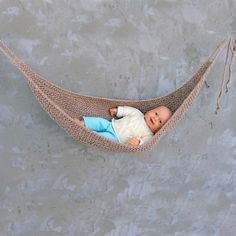 Eco friendly baby hammock, Jute baby hammock, Newborn knitted baby hammock, Baby photo prop, Newborn nest, Baby hanging, Beige sling by FromZeroPlus on Etsy