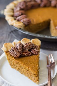 Loved the combination of classic, creamy pumpkin pie with crisp candied pecans. A Thanksgiving match made in heaven!