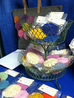 Nest of Posies blog's craft show display ideas
