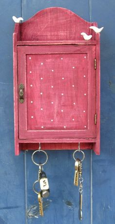 KEY BOX with pigeons KEY Cabinet Wall Hanging Keys by tammnoony