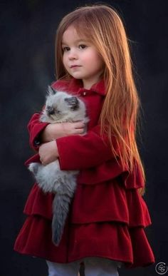 Great tenderness 💗 animals for kids, baby animals, animals and pets, cute Precious Children, Beautiful Children, Beautiful Babies, Animals For Kids, Baby Animals, Cute Animals, Baby Pictures, Cute Pictures, Little Girl Pictures