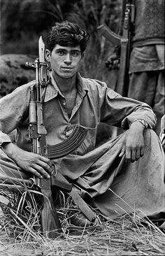 Afghan fighter, ca 1980. Steve McCurry.