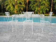 Vintage wrought iron patio set with a grape motif (total 8 pieces) Verde Island, Italian Marble, Iron Table, Outdoor Furniture Sets, Outdoor Decor, Lanai, Vintage Italian, Spanish Style, Glass Table