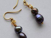purple pearls earrings, gold plated,