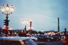 light, city, and cars imageの画像