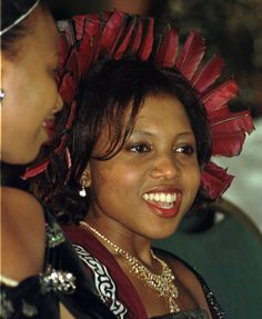 Wife of King Mswati III of Swaziland, Inkhosikati LaGija nee Angela Dlamini (Born: Married: Child: Princess Yenziwe All About Africa, Black Royalty, African Royalty, Art Africain, Royal Court, New Wife, Costume, Prince And Princess, Black Queen