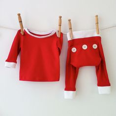 An adorable outfit for that first Christmas Eve