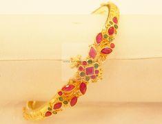 Bangles / Bracelets / Kada - Gold Jewellery Bangles / Bracelets / Kada (BR17340336-2.3) at USD 900.27 And EURO 628.50