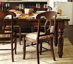 Comedor Montero con sillas estilo Napoleón