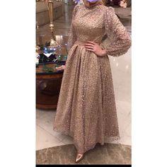 Hijab Dress Party, Hijab Evening Dress, Prom Dresses Long With Sleeves, Modest Fashion Hijab, Fashion Dresses, Muslim Prom Dress, Long Party Gowns, Islamic Fashion, Beautiful Prom Dresses