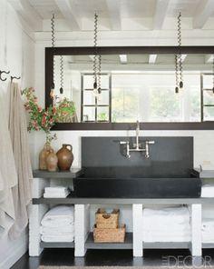 Meg Ryan's Beach house...bathroom
