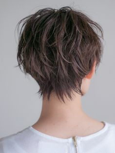 Top 25 Short Shag Haircuts of 2019 - Style My Hairs Short Shag Haircuts, Bob Hairstyles For Thick, Shag Hairstyles, Front Hair Styles, Medium Hair Styles, Curly Hair Styles, Short Straight Hair, Short Hair Cuts For Women, Pelo Pixie