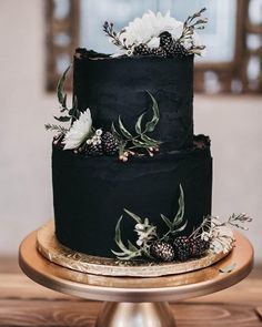100 Pretty Wedding Cakes To Inspire You Fabmood Wedding Colors Wedding Themes Wedding color palettes Wedding Cake Roses, Pretty Wedding Cakes, Diy Wedding Cake, Black Wedding Cakes, Pretty Cakes, Beautiful Cakes, Free Wedding, Wedding Ideas, Winter Wedding Cakes