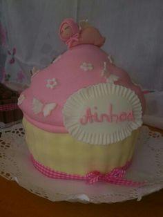 Tarta maxi cupcake bautizo