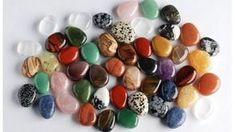 Barva kamene prozradí, jaká síla se vněm ukrývá. (zdroj: www.mineraly.cz) Feng Shui, Mandala, Crystals, Stones, Chakras, Reiki, Rocks, Chakra, Crystal