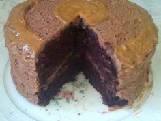 LEKKER RESEPTE VIR DIE JONGERGESLAG: BESTE SJOKOLADE KOEK / BEST CHOCOLATE CAKE Best Chocolate Cake, Desserts, Cakes, Food, Tailgate Desserts, Deserts, Cake Makers, Kuchen, Essen