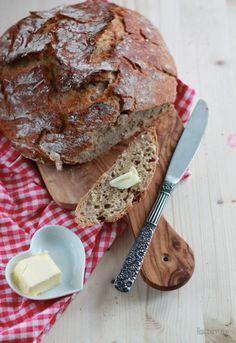 No Knead Bread by Raspberrysue