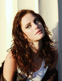 Kaya Scodelario as Mara Dyer; The Unbecoming of Mara Dyer Kaya Rose Humphrey, Mara Dyer, Effy Stonem, Skins Uk, Belleza Natural, Maze Runner, Hollywood Actresses, Hollywood Celebrities, Pretty Face
