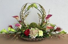 Calla lilies-welcome arrangement designed by Arcadia Floral and Home Decor. Altar Flowers, Church Flowers, Funeral Flowers, Silk Flowers, Funeral Flower Arrangements, Beautiful Flower Arrangements, Floral Arrangements, Beautiful Flowers, Japanese Flowers