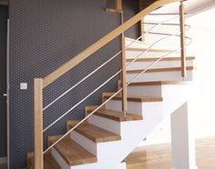 Staircase Railing Design, Interior Stair Railing, House Staircase, Home Stairs Design, Stair Decor, House Design, Cottage House Plans, Cottage Homes, Plafond Design