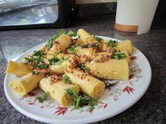 Chachi's Kitchen: Gujarati Khandvi - Microwave Method
