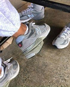 N/B, – Tennis shoe outfit winter White Tennis Shoes, Tennis Shoes Outfit, Dress Shoes, Shoes Heels, Chunky Sneakers, White Sneakers, Fashion Bags, Fashion Shoes, Womens Fashion