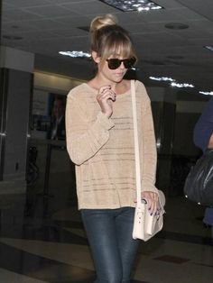 Oh No They Didn't! - Lauren Conrad survives her first week with bangs