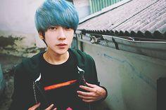 Imagem de blue hair, park hyung seok, and ulzzang