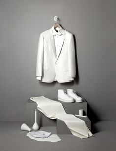 An inspiration for a monochromatic window display for a luxury brand or a department store brand.