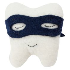Down+to+the+Woods+Cushion+Tooth+Bandit