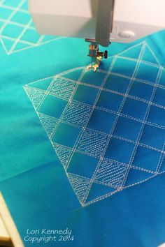 Grid Pop, Free Motion quilting