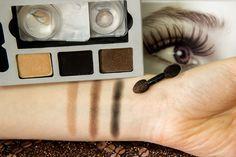 Lidschatten in 3 verschiedenen Farben - passend zu den Glamour-Linsen in Hazel #makeup #beauty #contacts