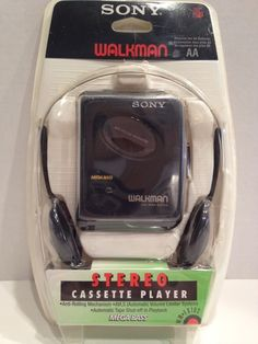 SONY WALKMAN STEREO CASSETTE PLAYER WM-EX102 NEW Old Stock ORIGINAL PACKAGING #Sony