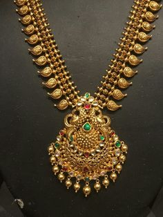 Gold Temple Jewellery, Gold Jewelry Simple, Gold Earrings Designs, Diy Design, Choker, Gold Necklace, Bangles, Fashion Outfits, Accessories
