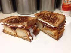 Friendly's Honey BBQ Chicken Supermelt clone!  Recipe Link:  http://www.youtube.com/watch?v=H8opJr0oiuU