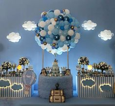 Magical way to decorate a party . Deco Baby Shower, Boy Baby Shower Themes, Baby Shower Balloons, Baby Shower Gender Reveal, Baby Shower Parties, Baby Boy Shower, Baby Showers, Baby Shower Centerpieces, Baby Shower Decorations
