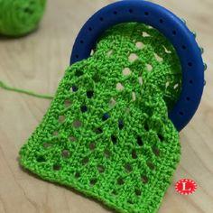 Little Arrowhead Lace Stitch Pattern Video - Loomahat Com - little arrowhead lace stitch pattern video - loomahat com - vidéo de motif de point de dentelle little arrowhead - loomahat com Loom Knitting Blanket, Round Loom Knitting, Loom Scarf, Loom Knitting Stitches, Loom Knit Hat, Knifty Knitter, Loom Knitting Projects, Sock Knitting, Knitting Tutorials